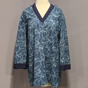 L.L. Bean leaf print hooded windbreaker